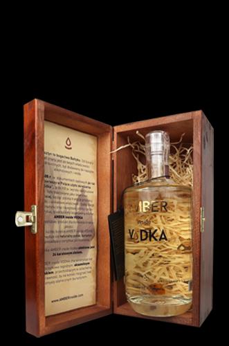Amber Vodka in Holzbox - Geschenksets